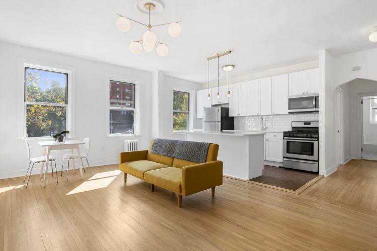 59-11 Queens Blvd Property Image