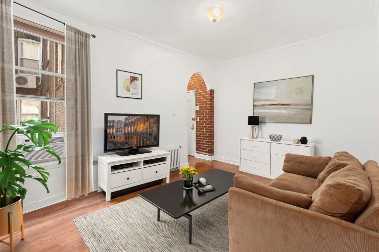 261 West 22nd Street Property Image