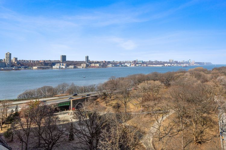 330 West 72nd Street Property Image