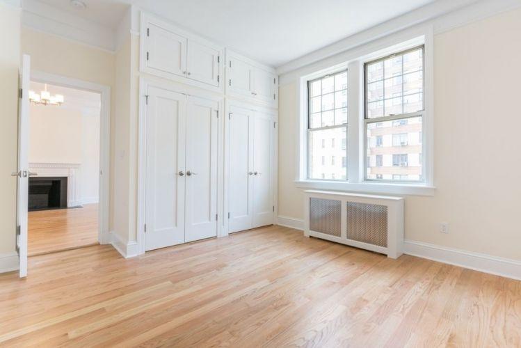 562 West End Avenue Property Image