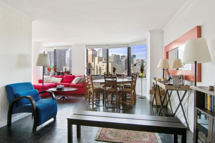 415 East 37th Street Property Image