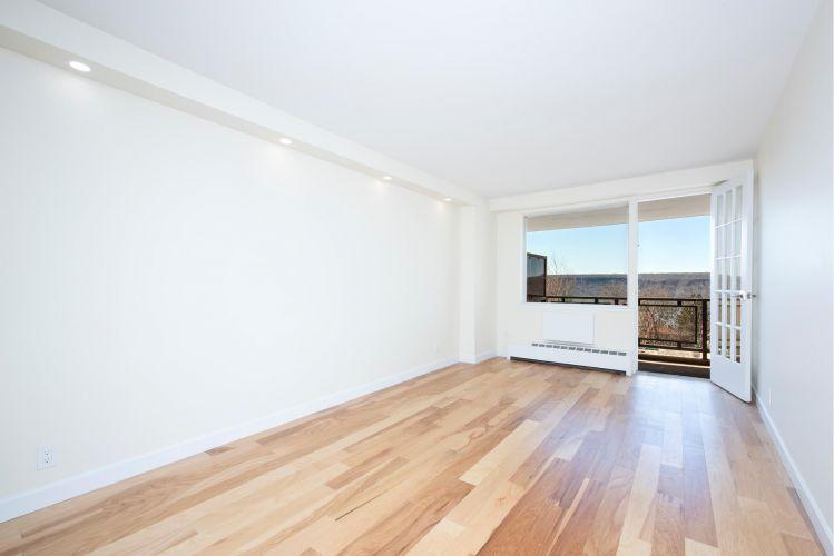 5700 Arlington Avenue Property Image