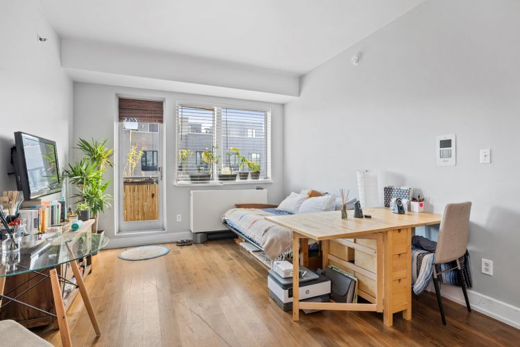 100 Maspeth Avenue Property Image