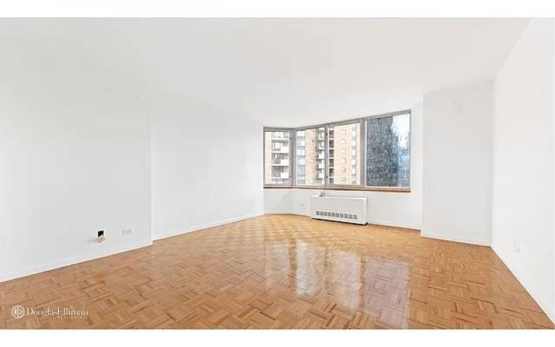 500 West 43rd Street Property Image