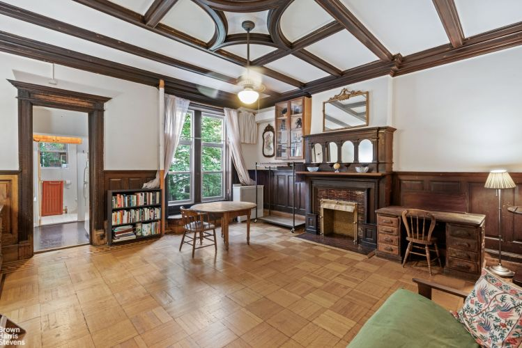305 West 89th Street Property Image