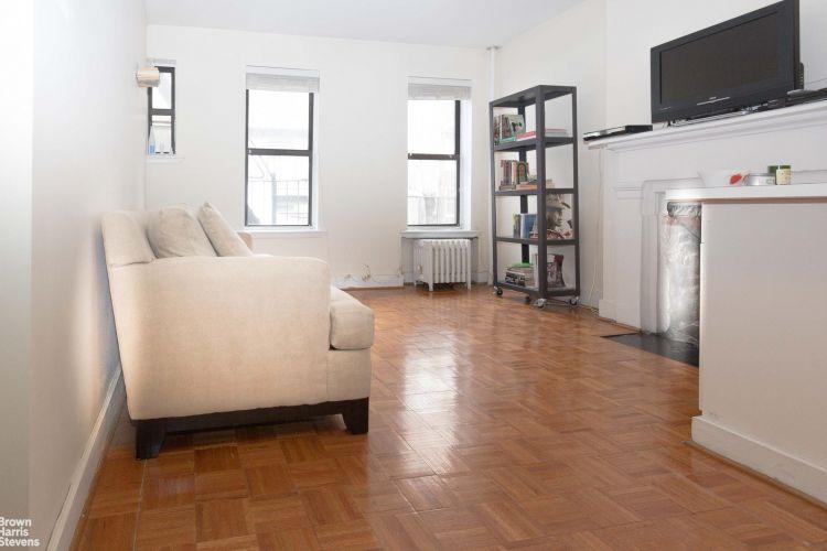 223 East 21st Street Property Image