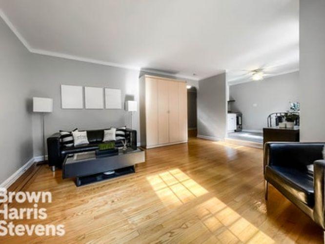76-35 113th Street Property Image