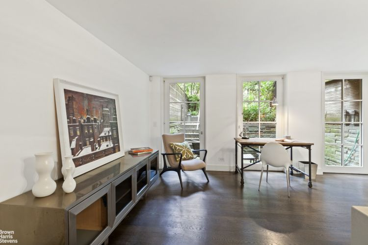 339 West 12th Street Property Image